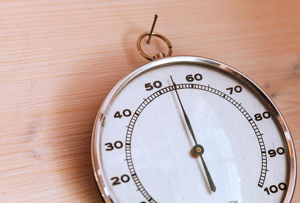 Consigli per la cura del parquet: umidità