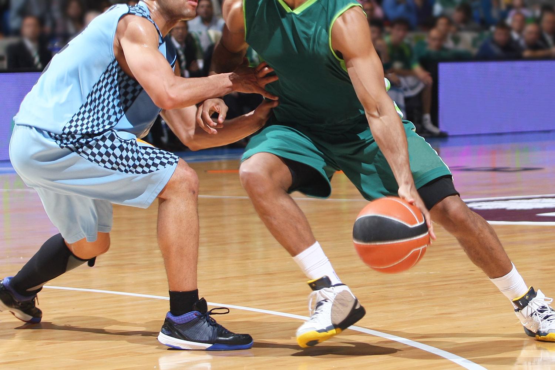 Perché a basket si gioca sul parquet?