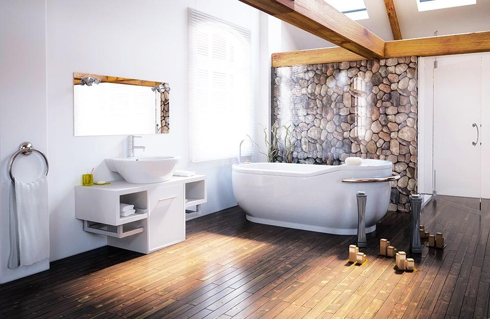 Bagno con parquet in iroko