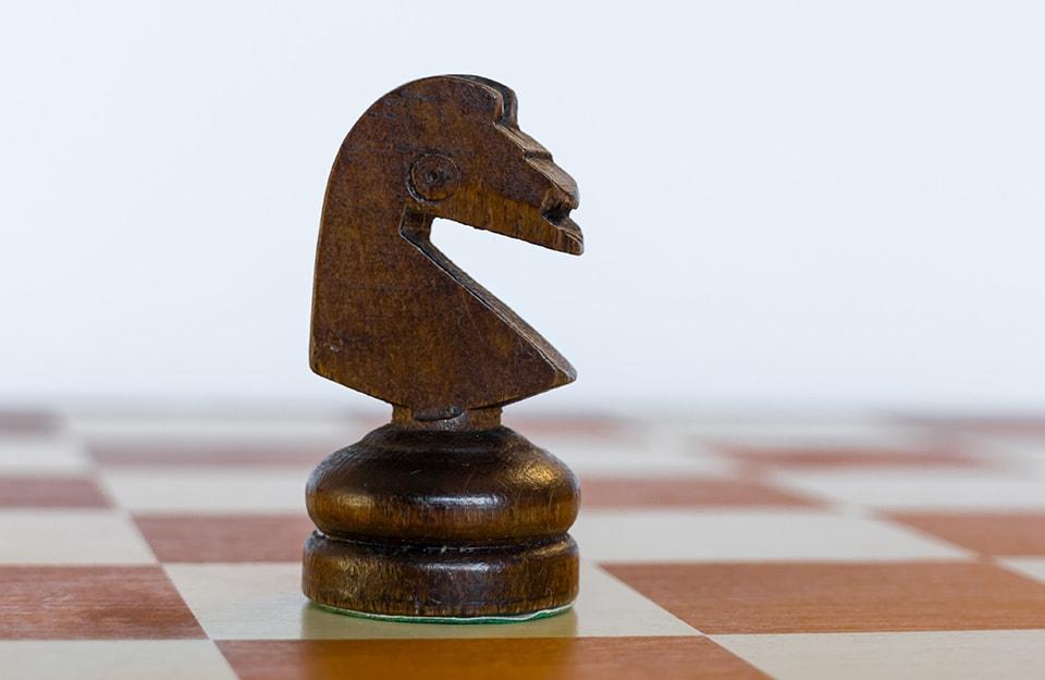 Il legno di wengé si usa anche per gli scacchi